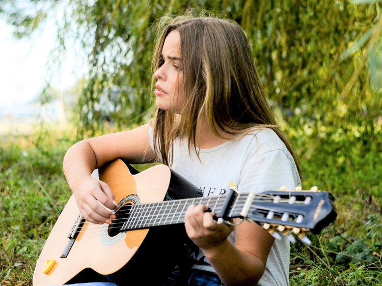 Music Therapy Reduces Depression In Children, Adolescents